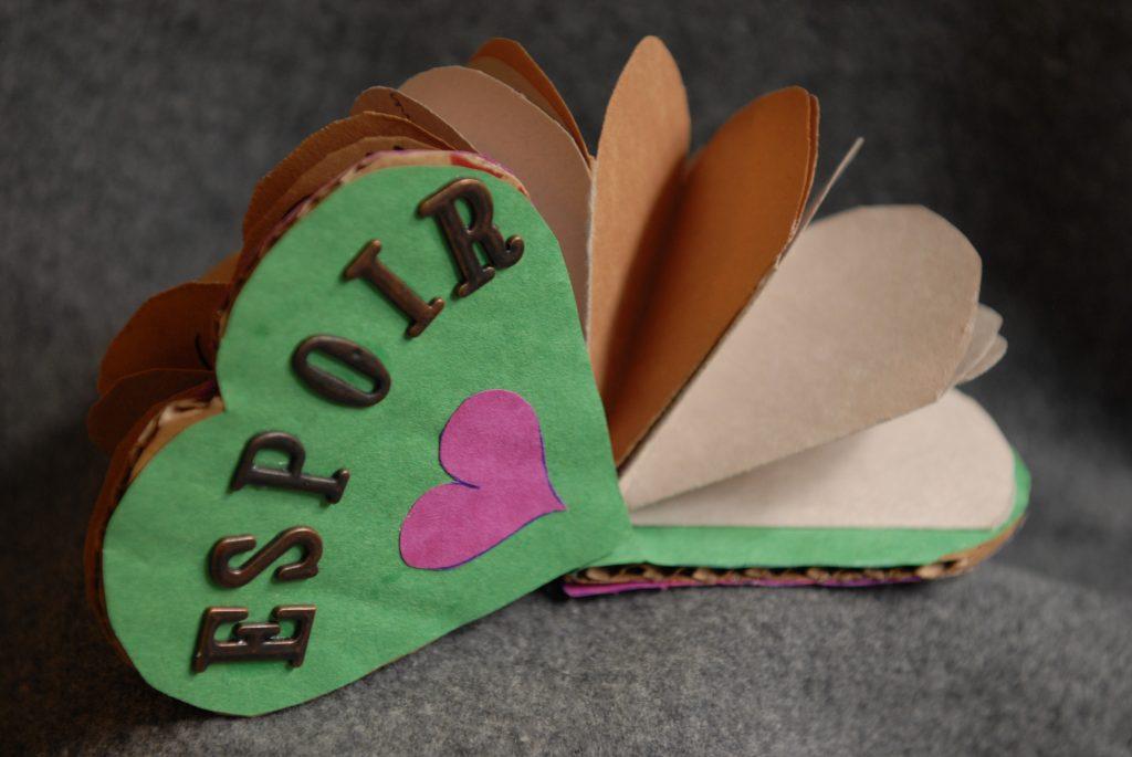 Coeur réalisé par des élèves en 2011.