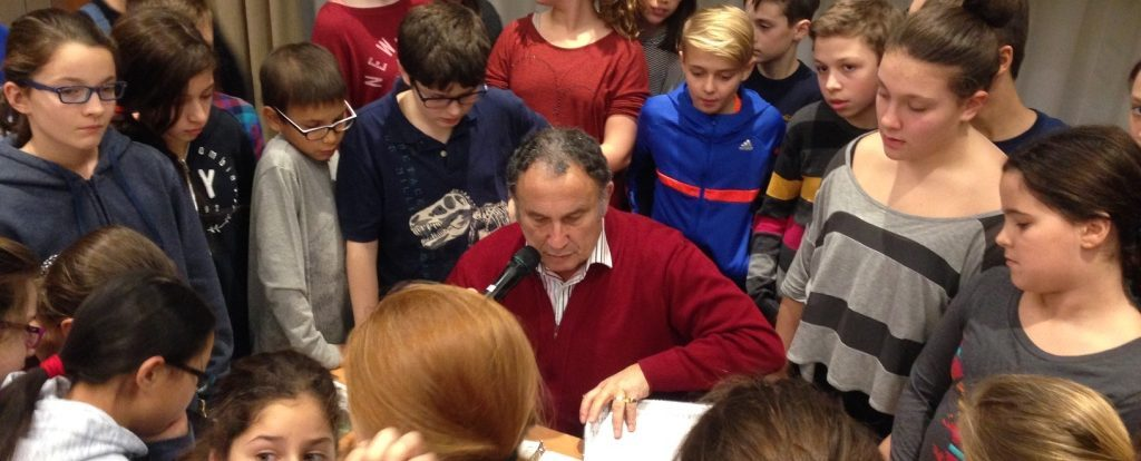 Léon Celemencki, Holocaust survivor, meeting pupils from Buissionnière school. Montreal, 2016