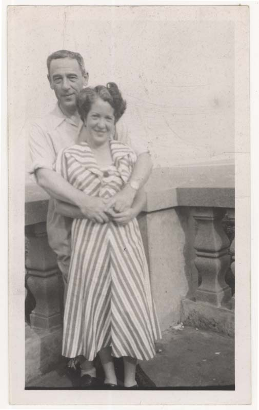 Photograph of Nathan Cytryn and his second wife at the Mount Royal belvedere in Montreal.