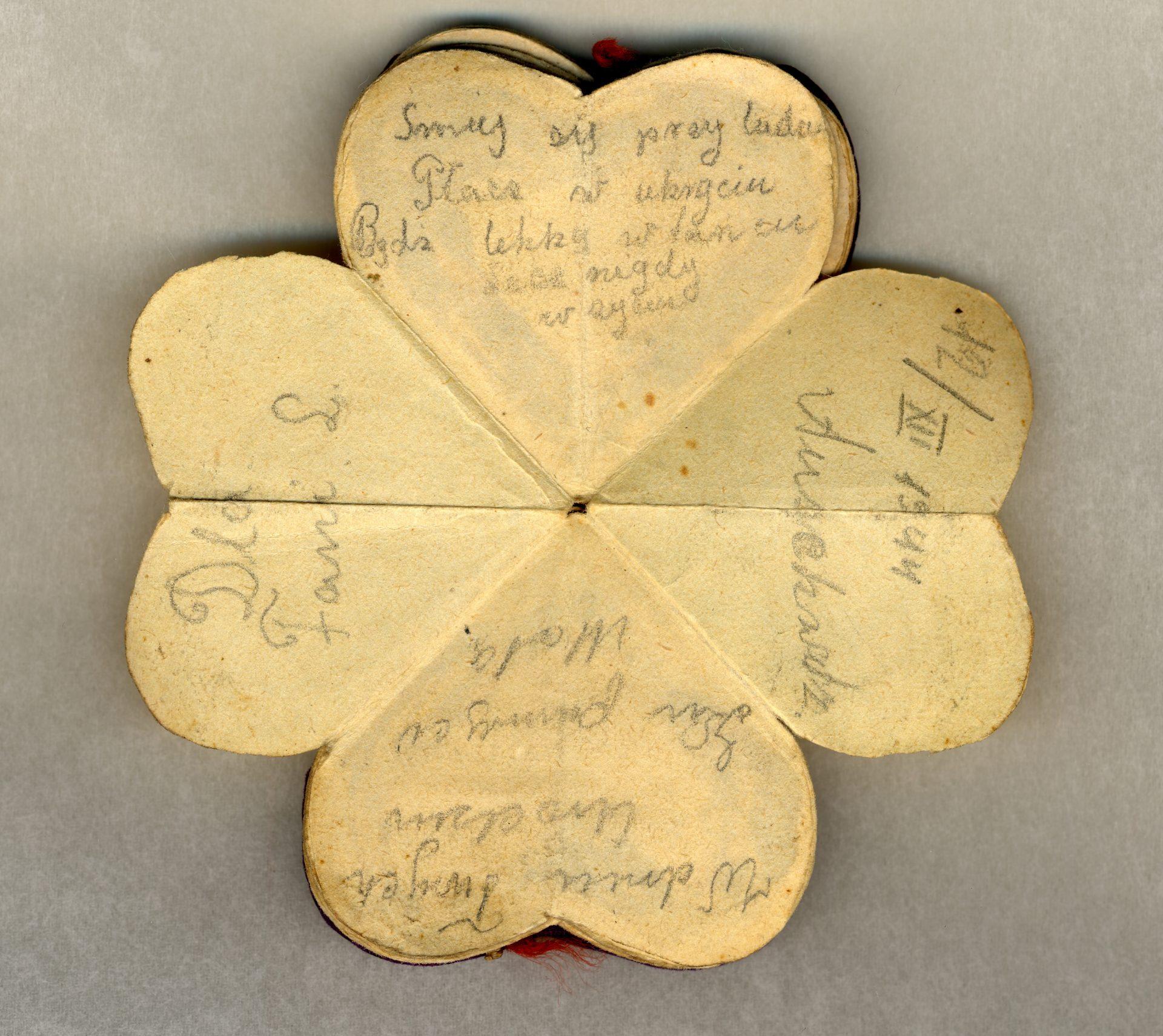 «Pour Fani L. Rie parmi les gens, pleure en cachette, Soit légère dans la danse, mais jamais dans la vie. Le jour de ton anniversaire, pour se souvenir», écrit par Mala dans le coeur d'Auschwitz, 12/XII/1944.