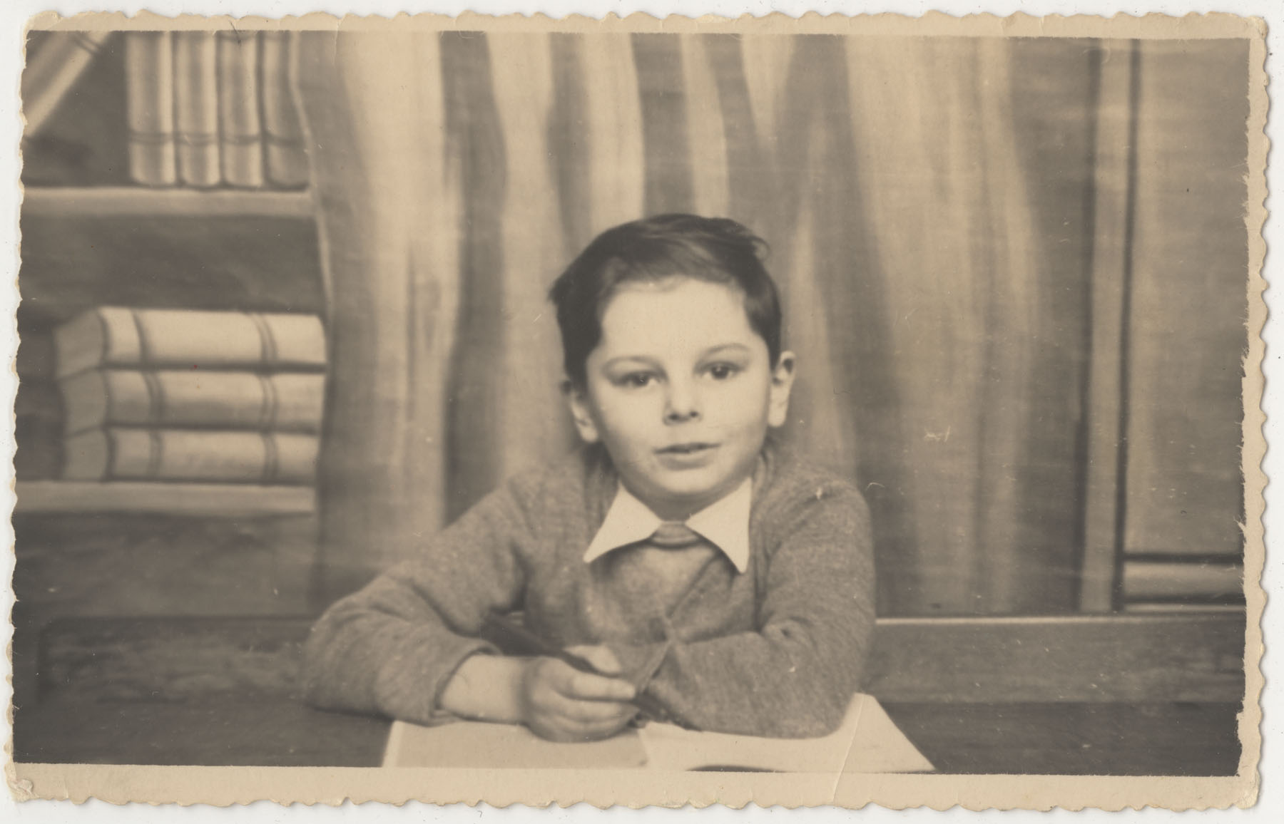 Marcel in first grade at Schaerbeek primary school in Brussels, 1942.