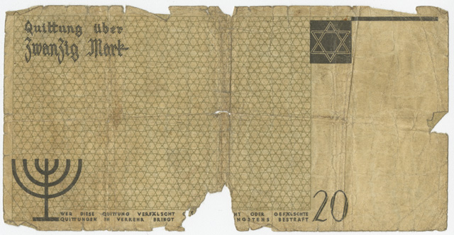 This twenty-mark bill features symbols associated with Judaism so that it could be easily recognised by the Polish population. The Star of David is visible on the front side and on the back is a menorah.