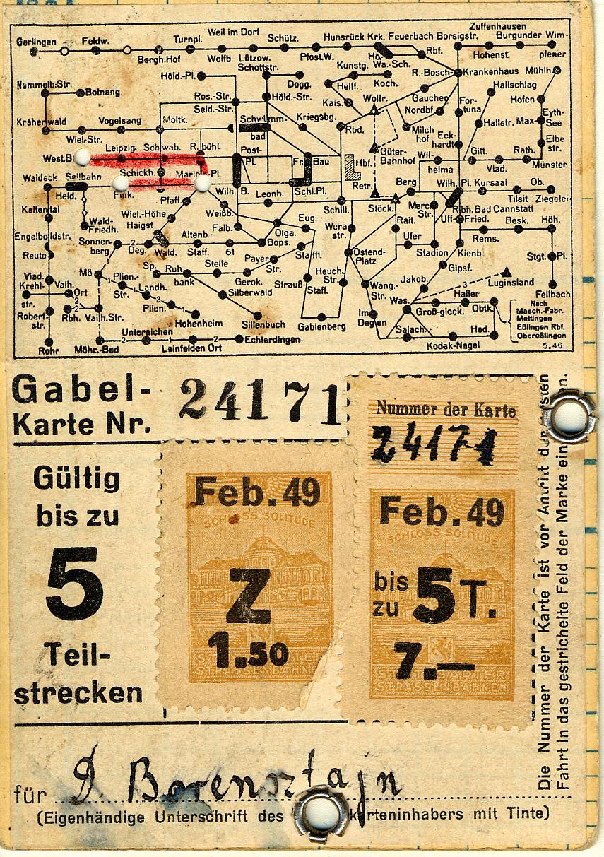 Ces indications sur sa carte d'identité lui permettent de se déplacer à Stuttgart.
