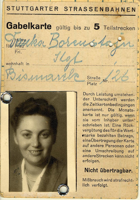 La carte d'identité de Dana Borenstein lorsqu'elle vivait dans le camp de personnes déplacées de Stuttgart.