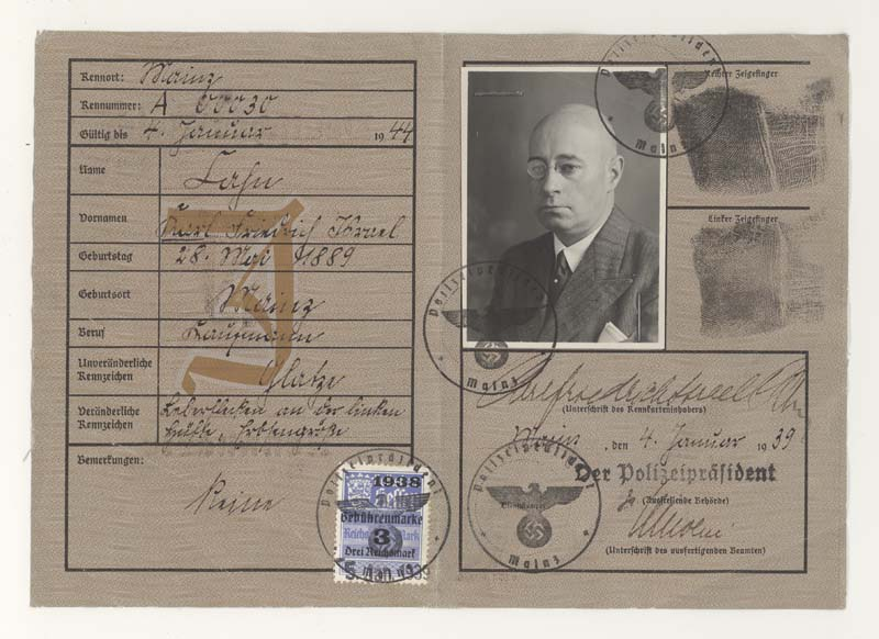 Karl Cahn's identity card from 1939 stamped with a ''J'' for ''Jew''.