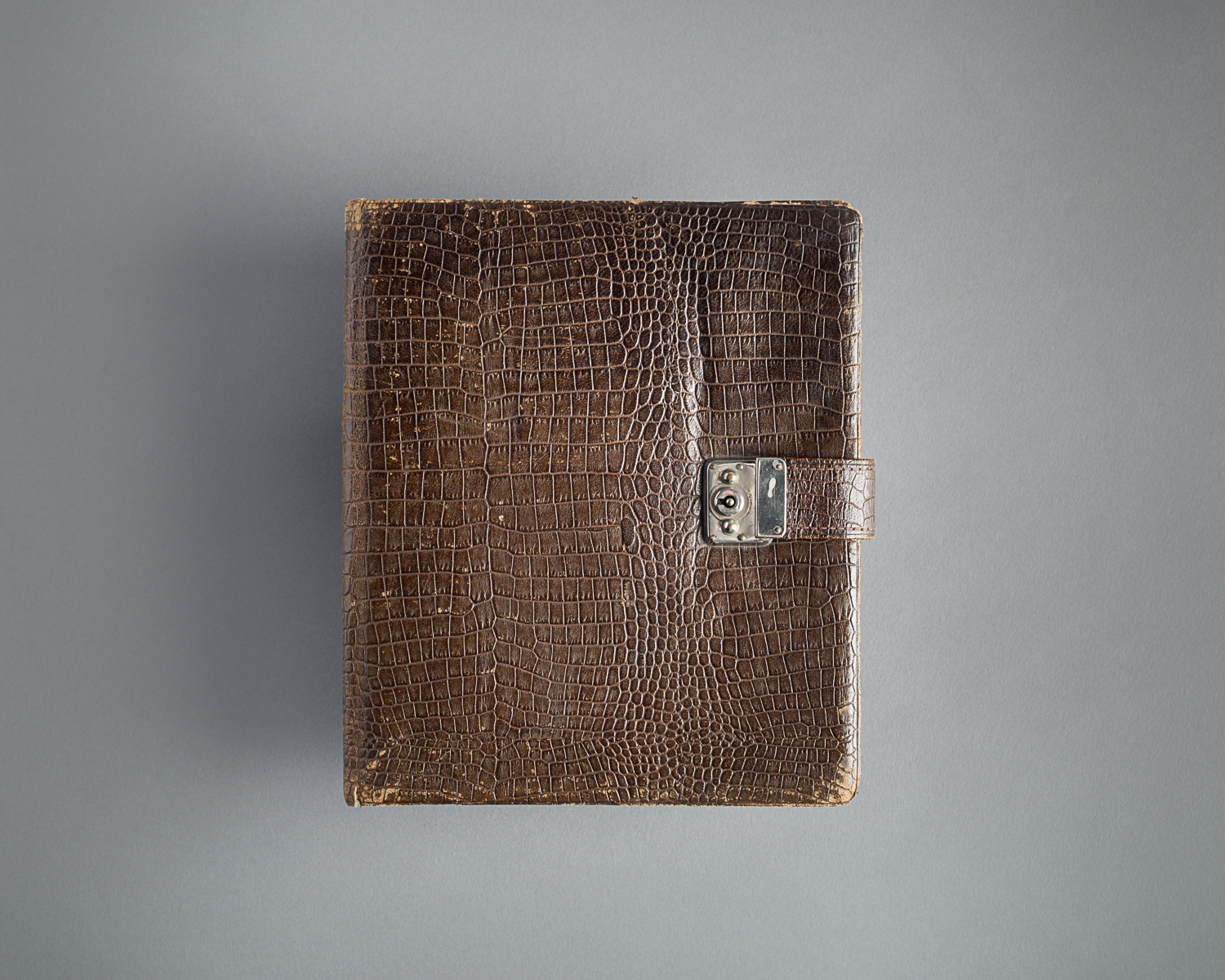 This book belonged to Hanna Landé, a German Jew interned in Gurs camp in South of France. (Photo: Peter Berra)