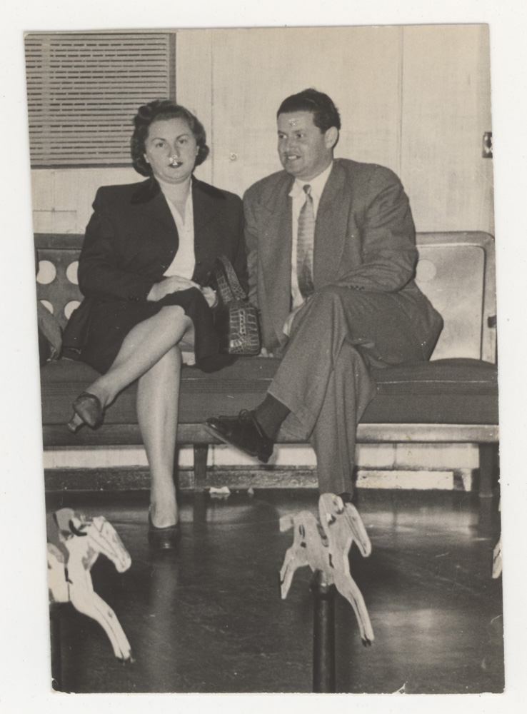 Sheva and David in 1952, one year after they immigrated in Montreal.