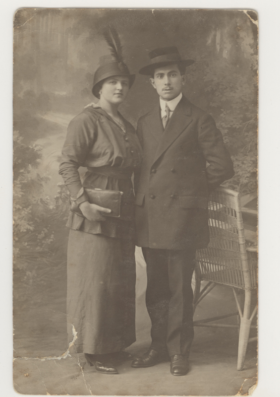 Portrait of Anna and Ferdinand Markel, Simon's parents, in 1914. They were both killed in Auschwitz.
