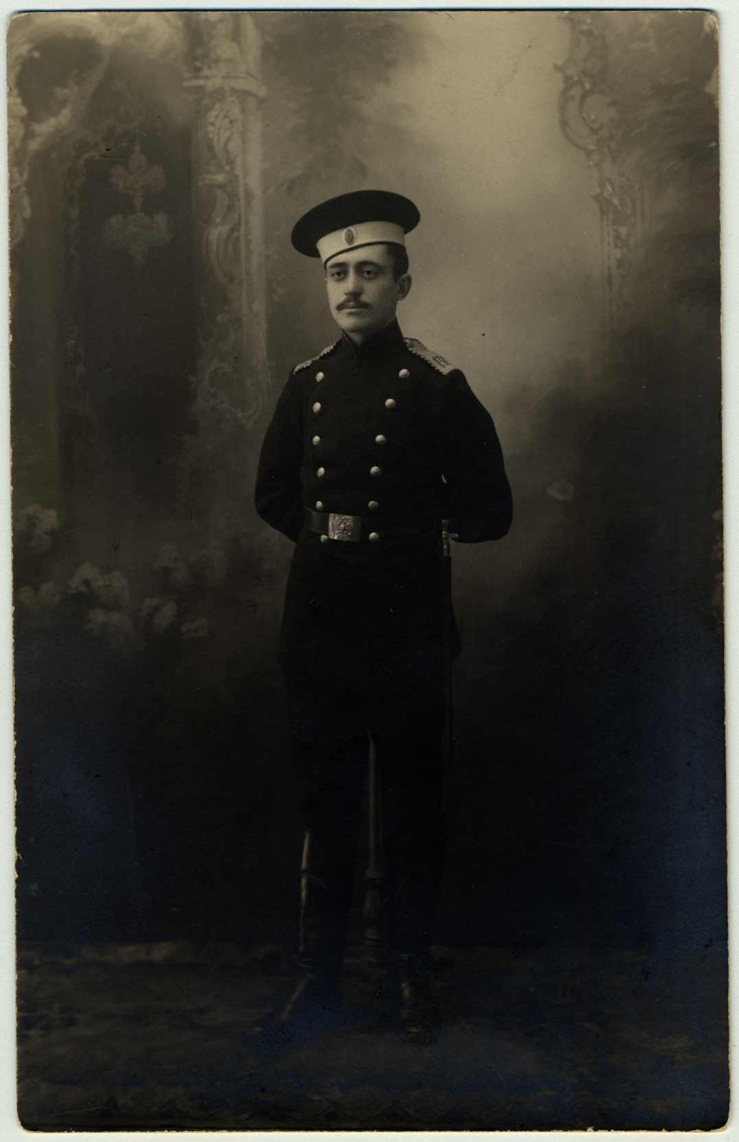 Le mari de Ginda, Abraham Rosenblatt, photographié en uniforme en 1917.