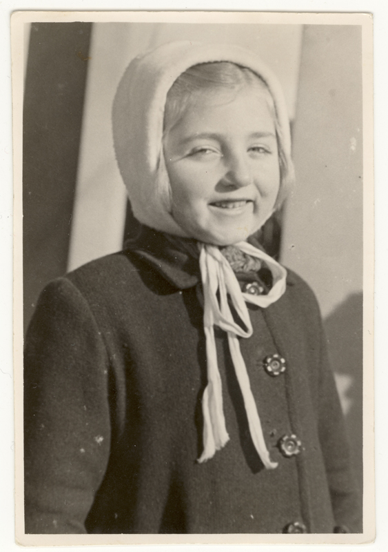 Celinka Zilberbogen photographed in 1942.