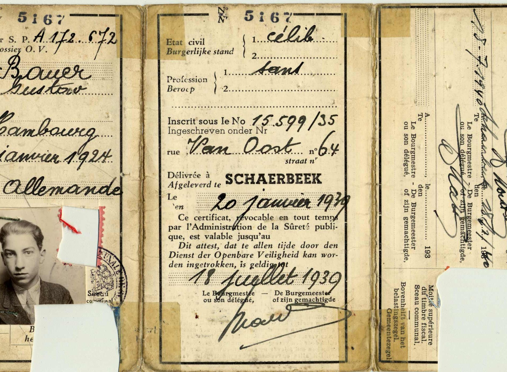 Gustave Bauer's identity card from Belgium in 1940.
