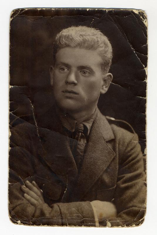 Mauricy Kopelman's portrait taken before the war.