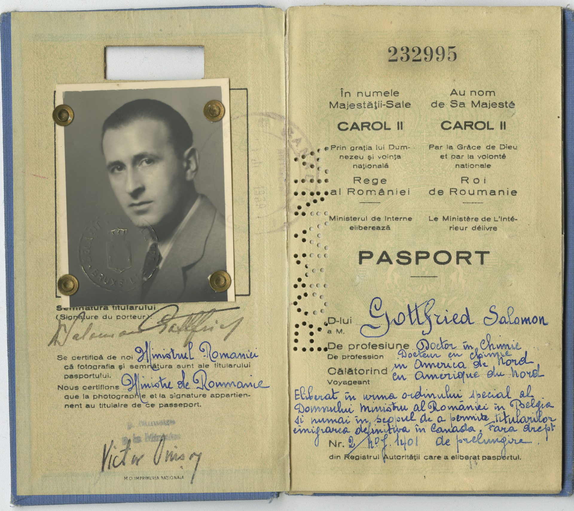 Romanian passport that belonged to Salomon Gottfried. His wife Augustina, their children, Kurt and Isle, and he settled in Montreal in 1940.