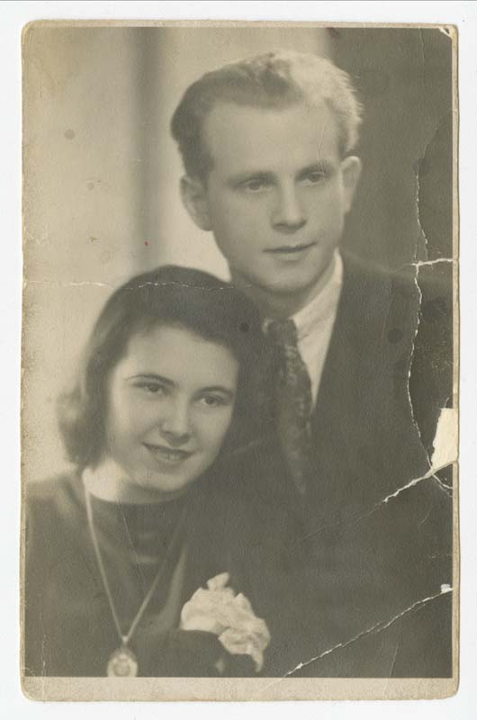 Eva and Henry Majerczyk soon after their wedding in 1945 in Waldenburg, Poland.