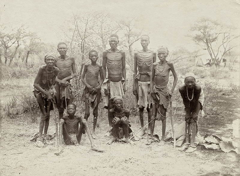 Surviving Herero after the escape through the arid desert of Omaheke in German South-West Africa (modern day Namibia).© Collection J.B. Gewald/ Courtesy of Vereinigte Evangelische Mission Archiv, Wuppertal.DR