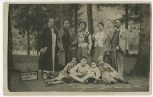 The Schusters in vacation in Slănic Moldova, Romania