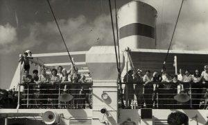 Ports d'exil, ports d'attache
